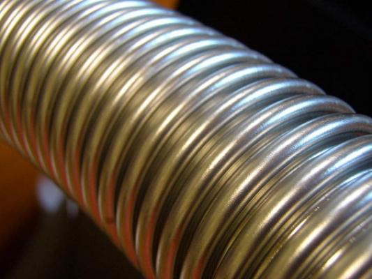 Труба гофрированная из нержавеющей стали неотожжённая 32