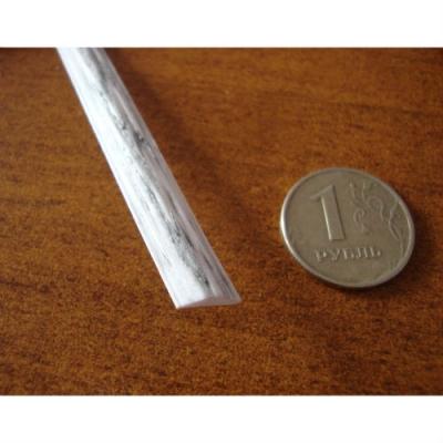 """Полиротанг """"Полумесяц бело-серый"""", ширина 7 мм, тиснение кора дерева"""